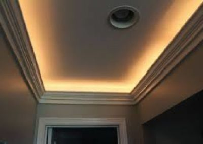 CUSTW LC5 Lighted Crown Molding
